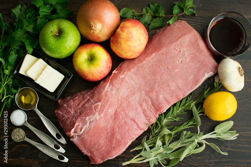 Photo Roasted Pork Loin with Apples and Herbs Ingredients