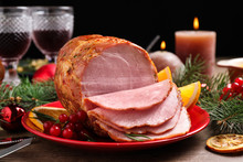 Plate With Delicious Ham Serve...