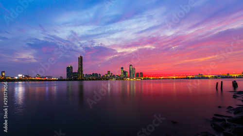 Papel de parede  Sunset of Seoul downtown , 63 Building and Hangang river best view landmark and
