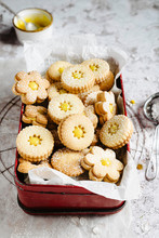 Lemon Curd Linzer Cookies Into...