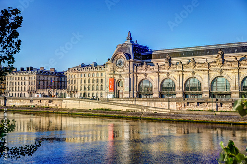 Photo Stands Old building Buildings and bridges along the Seine River in Paris