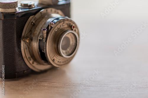 Tela  カメラM114