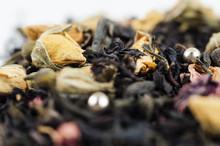Yellow Tea Rose With Black Tea...