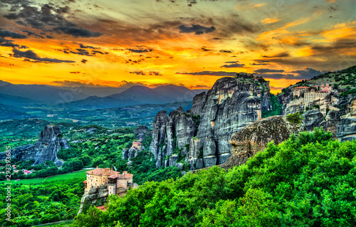 Sunset at Meteora in Greece фототапет