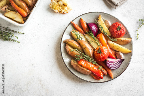Fototapeta Oven roasted vegetables obraz