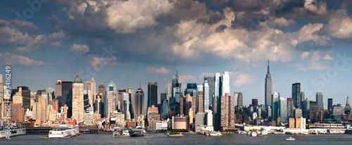 Foto auf AluDibond New York TAXI New York City skyline and harbour panoramic view, Manhattan, USA