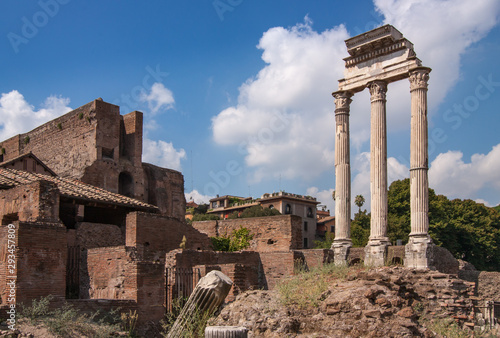 Photo Temple of Castor and Pollux, Roman Forum, Rome, Italy.
