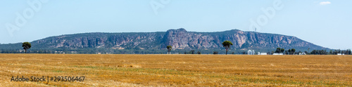 Fotografie, Tablou Panoramic view of Mt Arapiles in Victoria, Australia