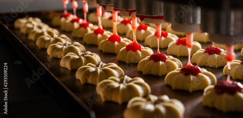 cookie making factory bakery fresh cook biscuit Fotobehang