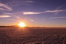 Breathtaking Bolivian Scenery - Deserts, Salt Flats, Sunrise, Sunset, Vicuna, Llama, Lama, Cactus, Snow, Lakes, Flamingos