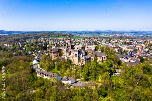 Stampa su Tela Schloss Braunfels, mit Hubertusturm, Neuer Bergfried, Georgturm und Alter Stock