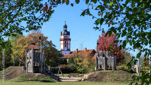 Fototapeta  Spielplatz im Schlosspark von Schloss Ehrenstein