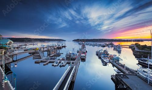 Port de Nanaimo II au crépuscule, Vancouver Island, BC, Canada Canvas Print
