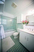 Small Outdated Tile Bathroom W...