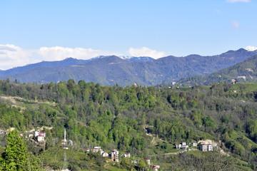 Fototapeta na wymiar village in the mountains