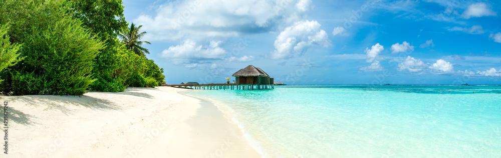 Fototapeta Beautiful sandy beach, Maldives island
