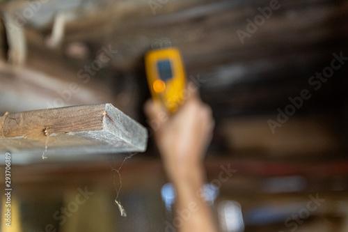 Valokuvatapetti Indoor damp & air quality (IAQ) testing