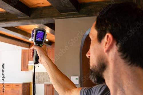 Photo Indoor damp & air quality (IAQ) testing