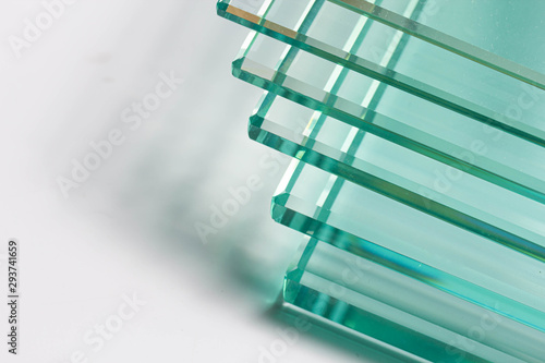 Clear glass from factories of various sizes arranged in multiple sheets