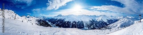 Fotomural Slope in the winter sport destination St Anton