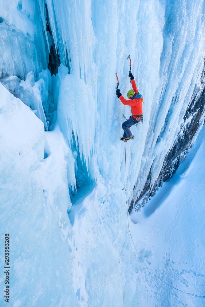 Fototapety, obrazy: Extreme ice climbing