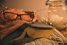 Cozy Warmly Lit Reading Area O...