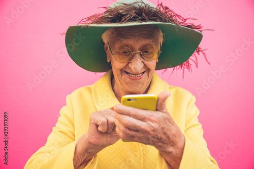 Cuadros en Lienzo Funny grandmother portraits