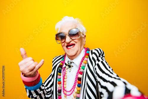 Funny grandmother portraits Tableau sur Toile