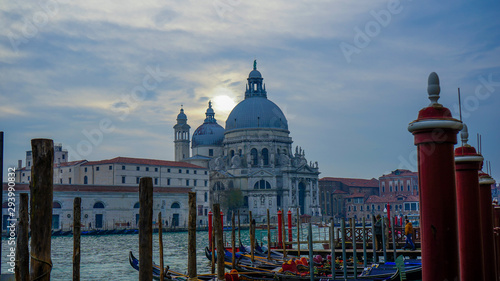Fototapety, obrazy: Venice canals whit cathedral and gondola