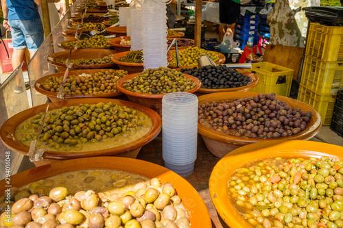 Photo mercado aceitunas olivas
