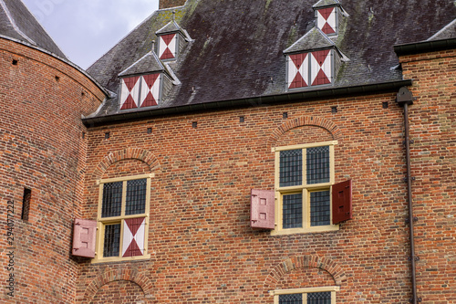 Foto Facade of a Brick European Medieval - 12th Century - Castle