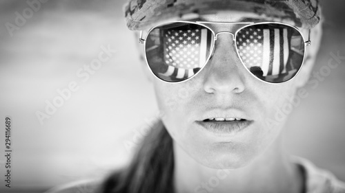 Fotografía  Female US Army Soldier