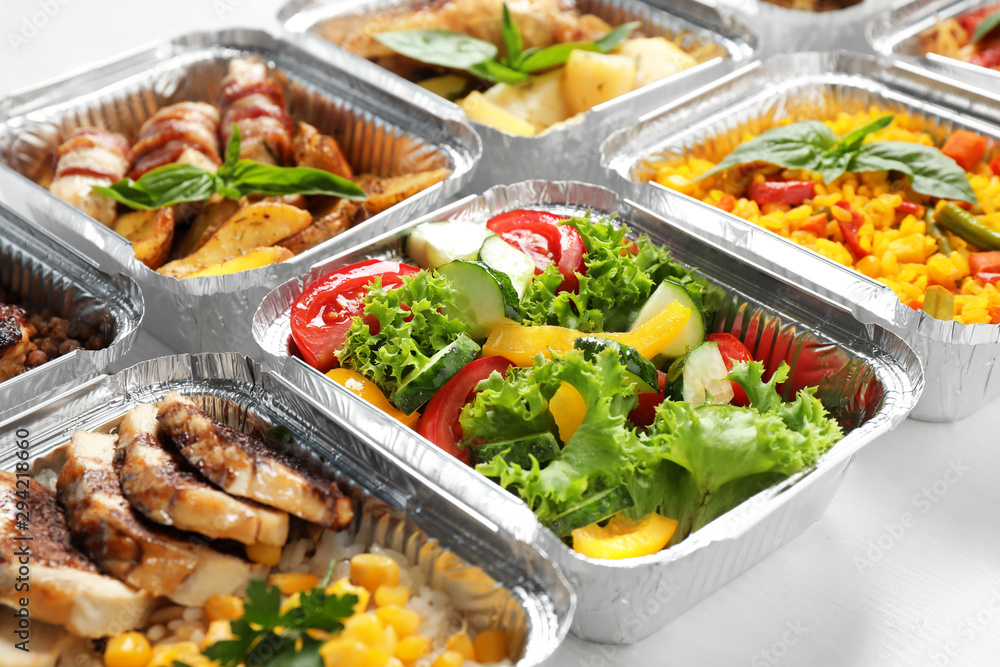 Fototapety, obrazy: Lunchboxes on white wooden table, closeup. Healthy food delivery
