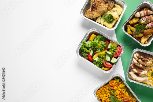 Lunchboxes on color table, flat lay. Healthy food delivery - 294218600