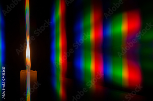 Fotografia, Obraz Photo diffraction light candles on the two diffraction gratings