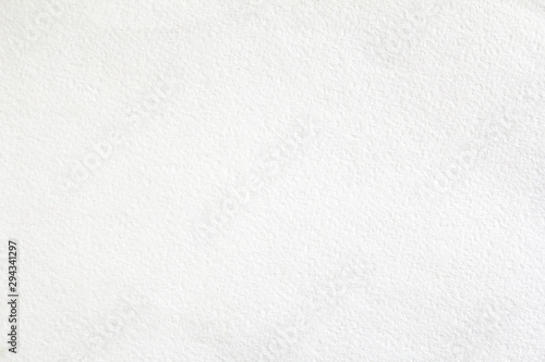 Fotografía White sheet of thick drawing paper with rough surface texture background