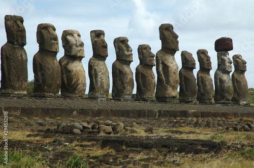 фотография Moais sitio arqueológico de Tongariki Isla de Pascua Chile