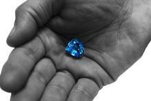 Blue Diamond Cut Heart, Gemsto...