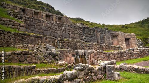 Fotografia Exterior view to archaeological site of Tambomachay, Cuzco, Peru