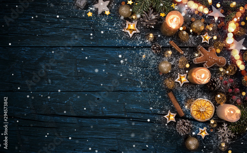 Fotografía  Christmas decoration on wooden background, lots of copy space for product or text