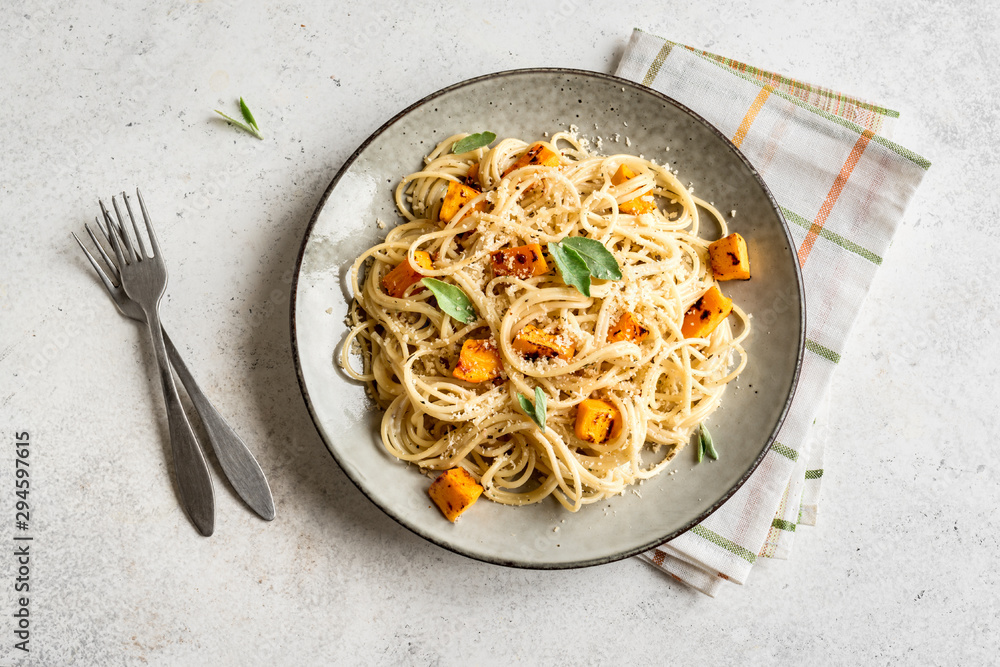 Fototapety, obrazy: Pumpkin Spaghetti Pasta