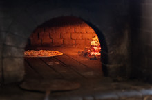 Food: Pizza In Stone Oven