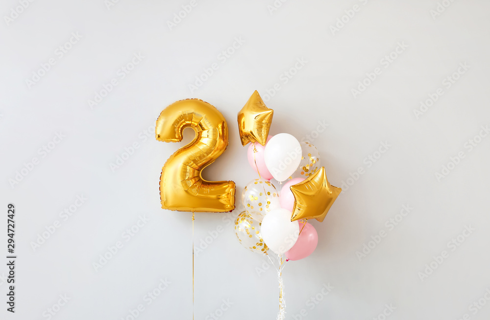 Fototapeta Figure 2 and different balloons on light background