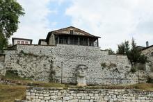 Statue Of Emperor Constantine ...