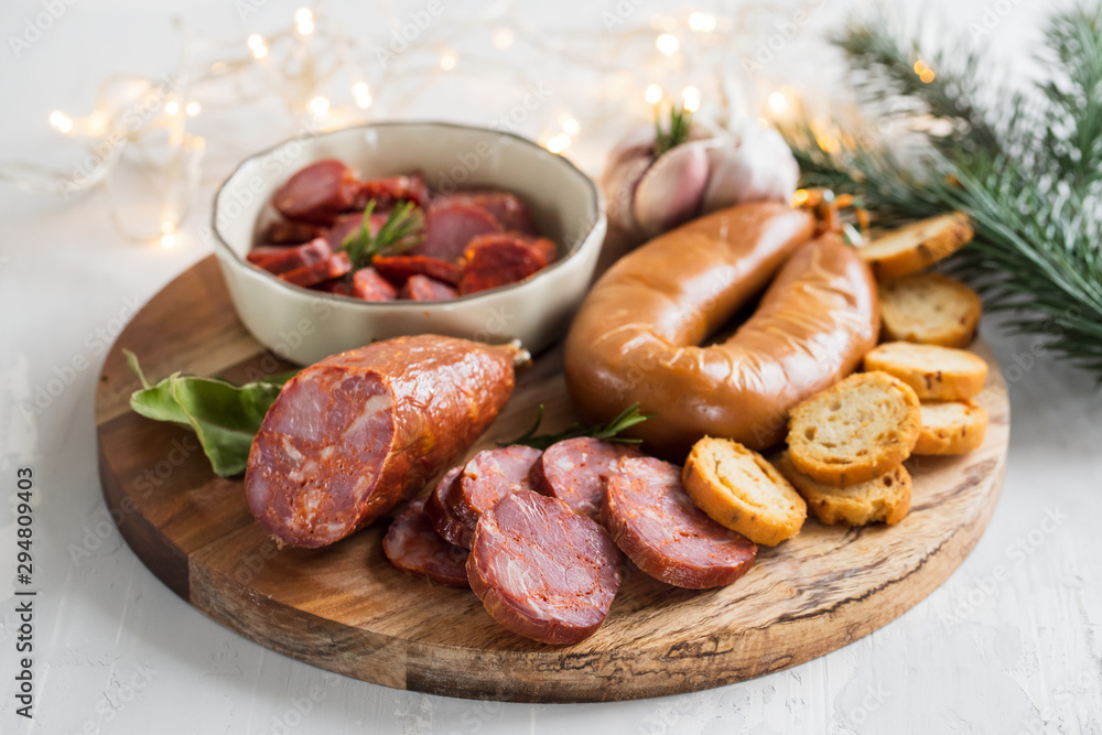Fototapety, obrazy: typical smoked portuguese sausages on wooden board