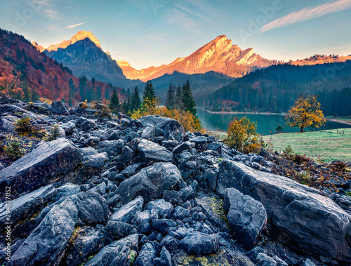 Montage in der Fensternische Dunkelgrau Exciting autumn sunrise on Obersee lake, Nafels village location. Amazing morning scene of Swiss Alps, canton of Glarus in Switzerland, Europe. Beauty of nature concept background.