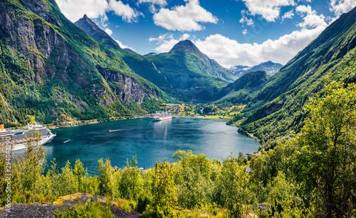 Marvelous summer scene of Geiranger port, western Norway Fototapet