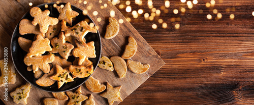 Papel de parede  Christmas pastry on old wood