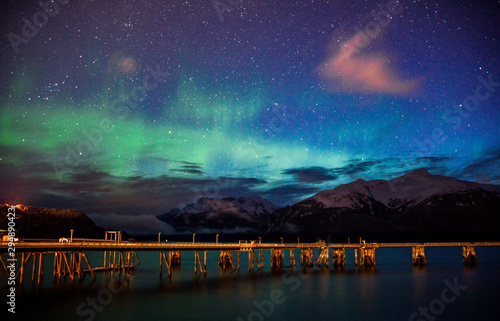 Poster Eggplant aurora borealis on a harbor in Alaska