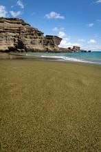 Papakolea Olivine Green Sand Beach On The Big Island Of Hawaii, USA